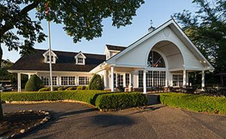 View of the clubhouse at Deerpath Golf Course